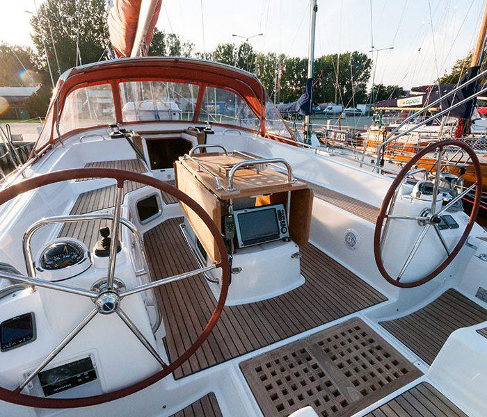 Janneau 53 - pokład jachtu